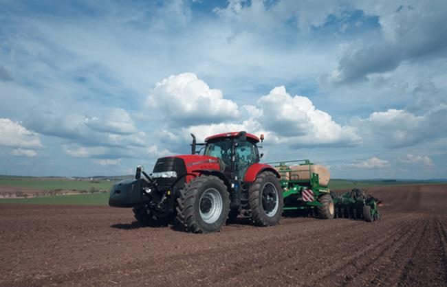 caseih_pumacvx_traktor_01