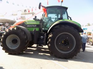 deutzfahr-7250ttv-01-traktorlernet