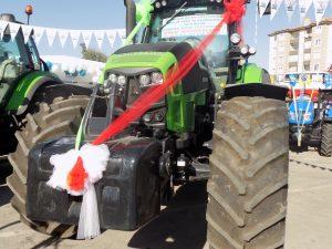deutzfahr-7250ttv-01-traktorlernet3