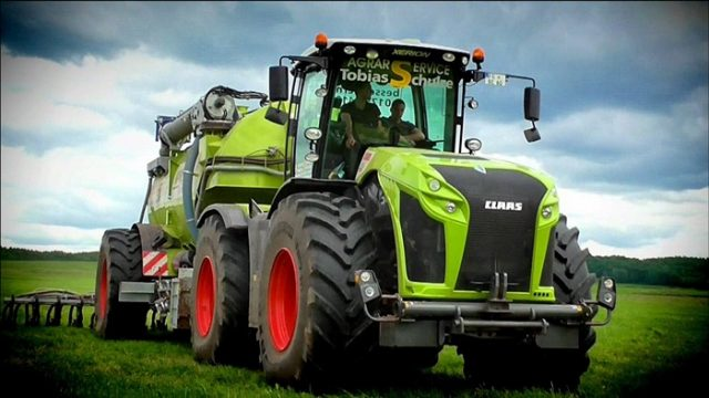 claas-xerion4000