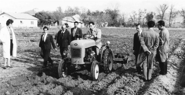 Türkiye'nin İlk Yerli Üretim Traktörü | Traktörler ...